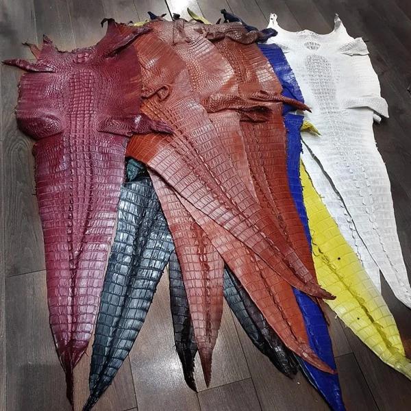 Làm đồ da cá sấu theo yêu cầu