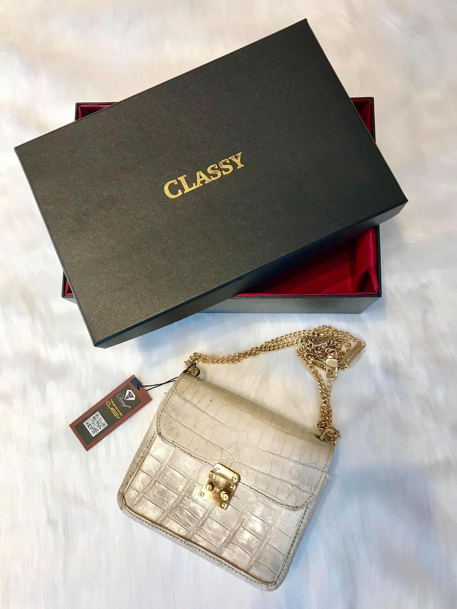 Túi xách Chanel bạch tạng da cá sấu